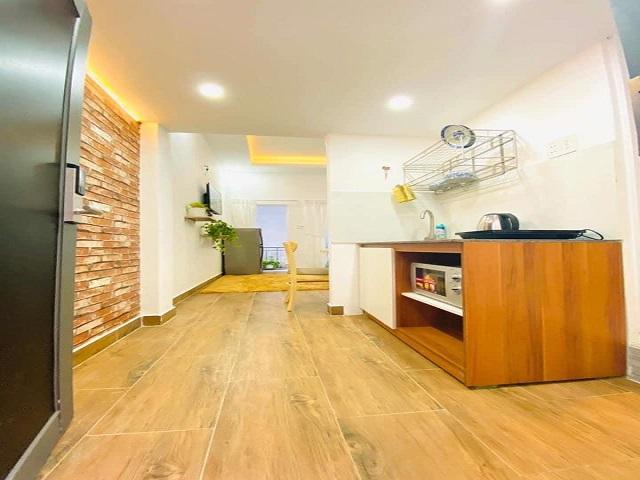 Cho thuê căn hộ 2 phòng ngủ có gác lửng tại quận Bình Thạnh